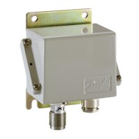 084G2206 Danfoss EMP2 0-4 bar 4-20mA Transmitter